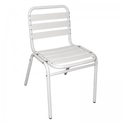 Chaises de bar en aluminium blanche